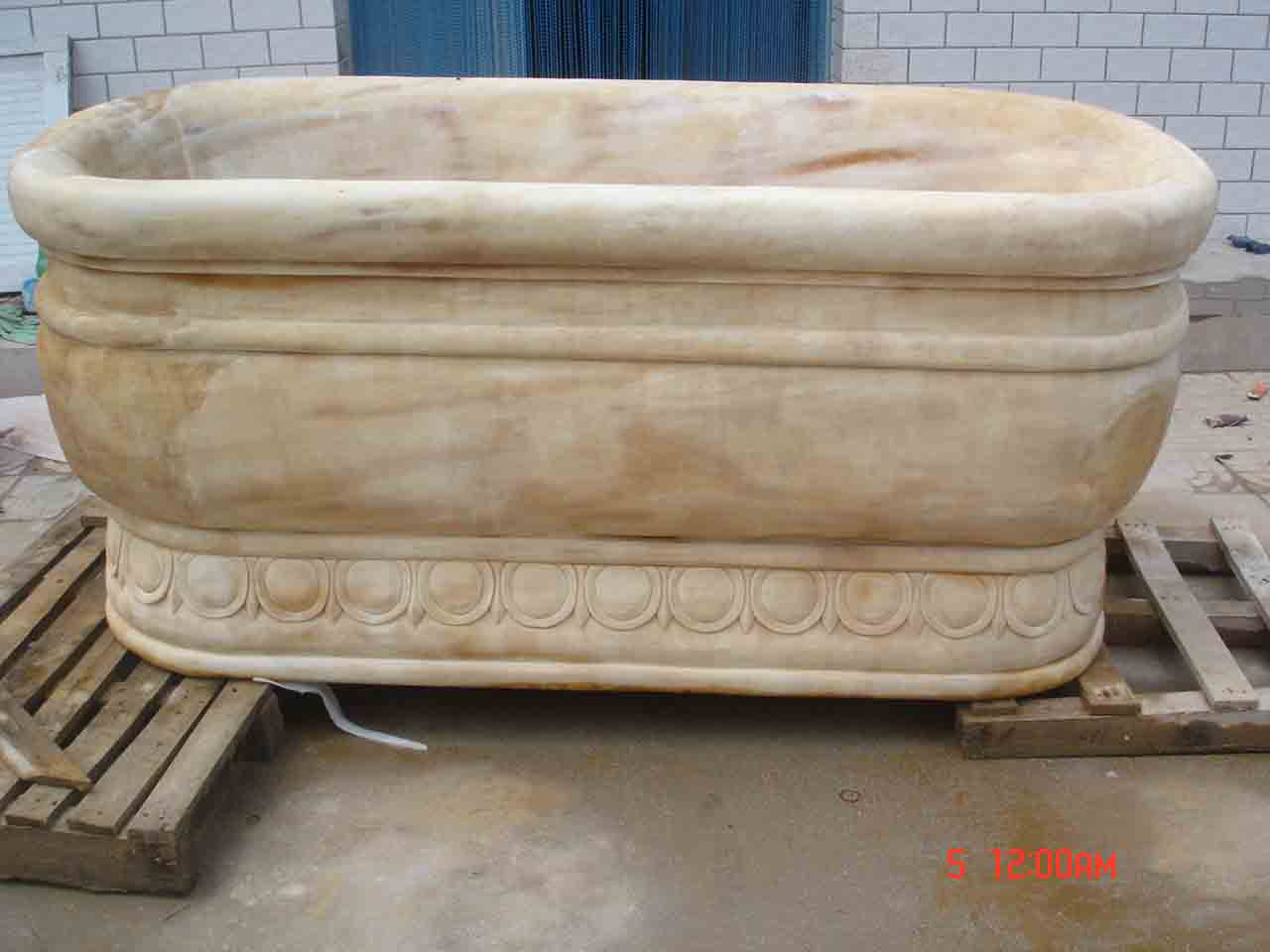 China Marble Yellow Bath tub
